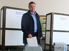 Starosta Znojma Jan Grois volil v pátek mezi prvními.