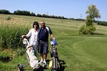 Manželé Jiřina a Stanislav Jelínkovi zdaleka nejsou u konce se svými plány týkající se golfového hřiště v Těšeticích.