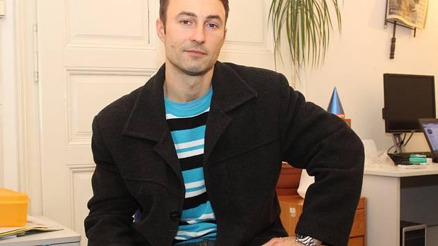 Řezbář Martin Lichevník.