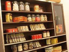 Dům umění hostí putovní výstavu o historii cukráren a cukrářského řemesla až do 18. března.
