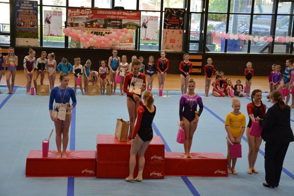 Gymnasté se v době velikonočních svátků sjeli do Znojma, aby předvedli své umění na dvaadvacátém ročníku Gym Cupu aneb Znojemské kladince.