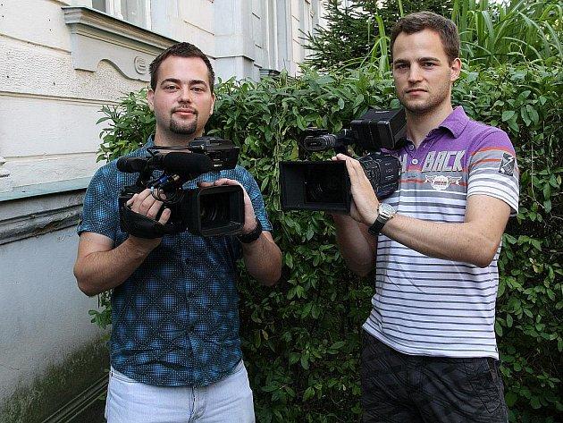 Pravidelně je mohou lidé spatřit s kamerou v ruce na všech znojemských festivalech.