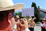 Nedělní dopoledne patřilo ve Višňovém zvaní na tradiční pouť. C