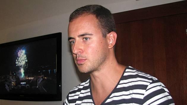 Herec Miroslav Hrabě.