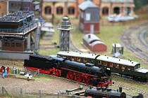 Obří železniční model  v přízemí nákupního centra Excalibur City na Hatích.