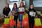 Studentka Kateřina Dubnová vyhrála Mezinárodní soutěž studentů odborných škol v řezu révy vinné.