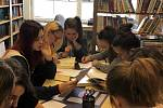 Žáci z Přímky objevují poezii slov.