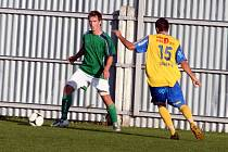Tasovice (ve žlutém) porazily Otrokovice 2:0.