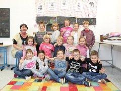 Žáci 1. třídy ze ZŠ Jaroslavice s paní učitelkou Janou Fantovou.
