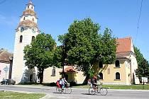 Kostel sv. Jiří ve Štítarech.