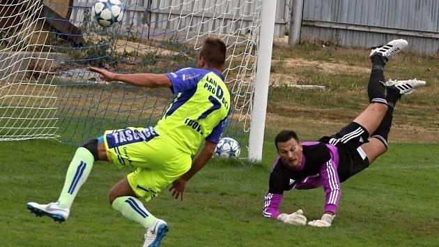 Fotbalisté Tasovic. Ilustrační foto.