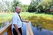 Za 1,4 milionu korun opravil podnik Lesy ČR vodní nádrž nedaleko Břežan na Znojemsku.