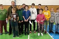 Patnáct dětí z Hodonic a Znojma se poslední lednovou sobotu vydalo do Kroměříže na halové závody v rybolovné technice.