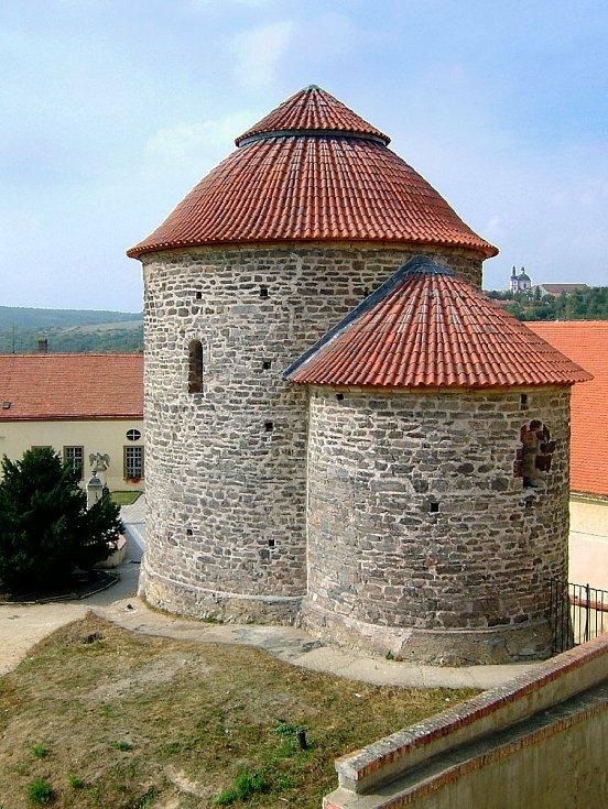 Rotunda svaté Kateřiny láká v sezoně turisty.