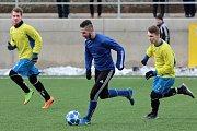Fotbalisté divizních Tasovic porazili v sobotním přípravném utkání celek Moravského Krumlova, který hraje krajský přebor, 11:2.