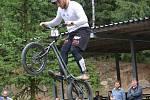 Biketrialista Marek Hlávka bral na MS čtvrté místo.