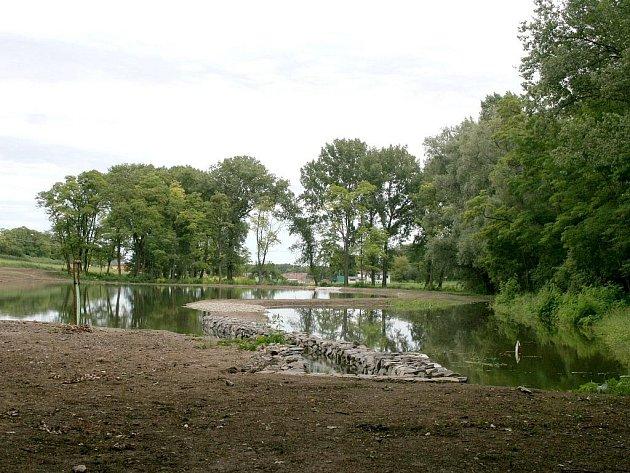Nový bantický rybník vznikl v sousedství biokoupaliště.