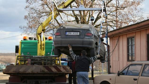 Cesta odtahovaného auta
