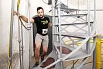 Sportovci zdolávali již počtvrté znojemskou radniční věž v rámci závodu Extreme 790.
