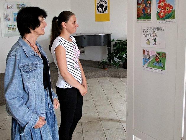 Galerie v Knížecím domě v Moravském Krumlově patří humoru. K vidění je zde na sto dvacet vtipů od sedmi kreslířů.