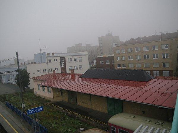 Pro budovy a pozemky uulice 28.října nemají České dráhy už delší dobu plnohodnotné dlouhodobé využití, proto mohou nepotřebný majetek prodat. Město oparcely zájem má.