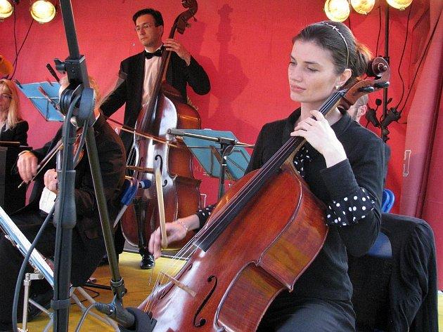 Hudební festival Znojmo 09 - Vídeňský kloboukový večer, pátek 10. července.