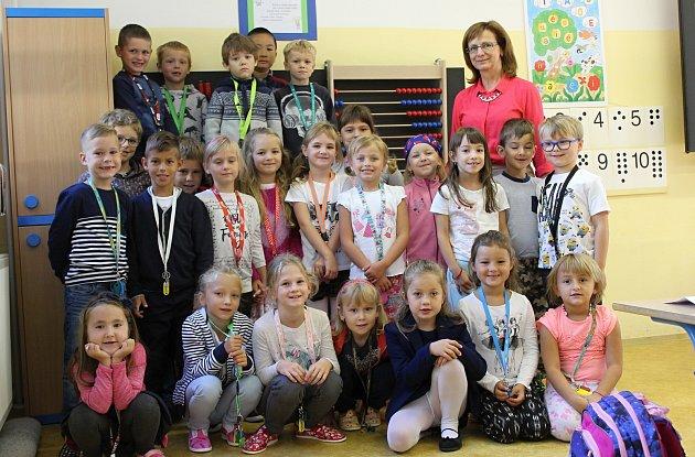Žáci 1.AZŠ Mádeže ve Znojmě spaní učitelkou Helenou Fialovou.