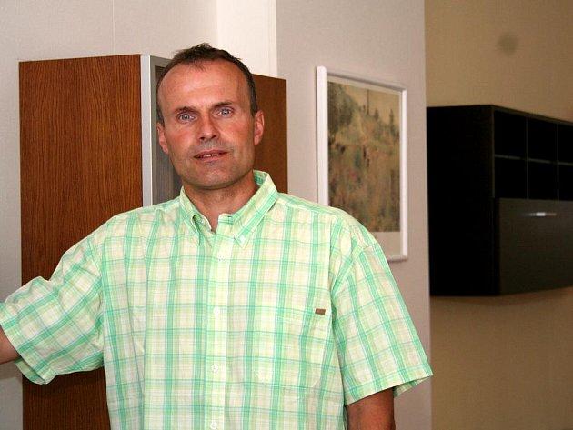 Předseda družstva Dřevotvar Václav Lazárek.