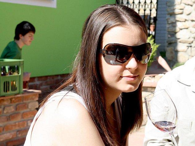 Zájemci vinařské turistiky, kteří holdují ochutnávkám přímo ve sklepích, si v sobotu přišli na své.