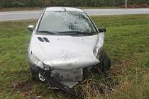 Silnice za Lechovicemi směrem na Brno se stala ve čtvrtek svědkem hned dvou havárií, při kterých naštěstí nebyl nikdo zraněný.