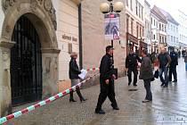 Kvůli údajné hrozbě bombového útoku uzavřeli policisté znojemskou radnici.