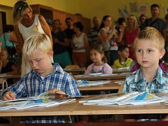 V úterý zasedlo do poprvé do lavic na základní škole náměstí Republiky na šedesát dětí.