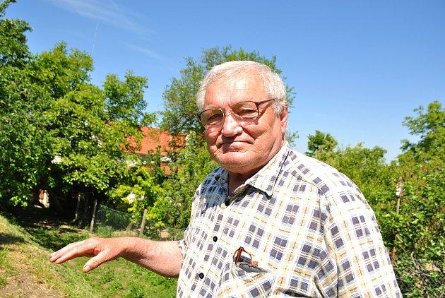 Josef Sedlák, 75let, Božice