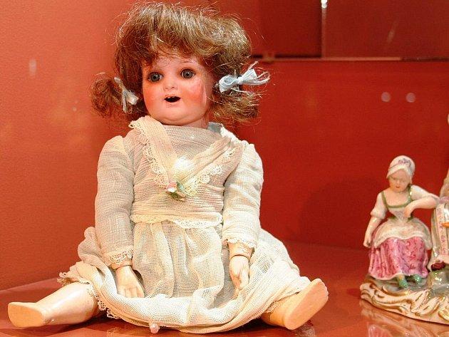 Výstava hraček našich předků na zámku ve Vranově nad Dyjí.