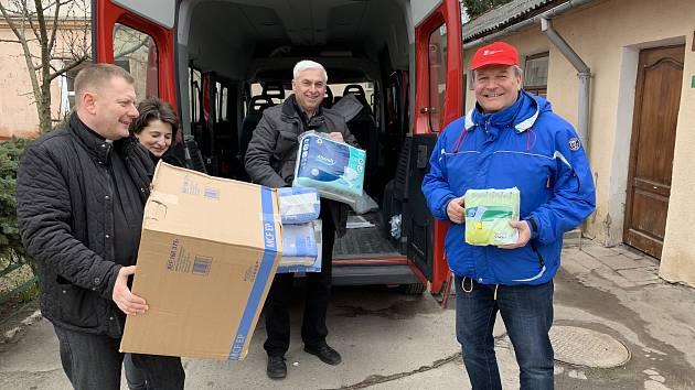 Koronavirus navýšil dotace Znojma pro charitu, ADRU i Červený kříž