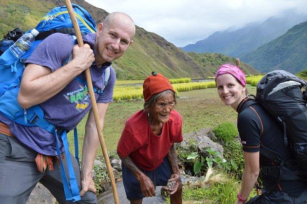 SDavidem na rýžovém poli na Filipínách.