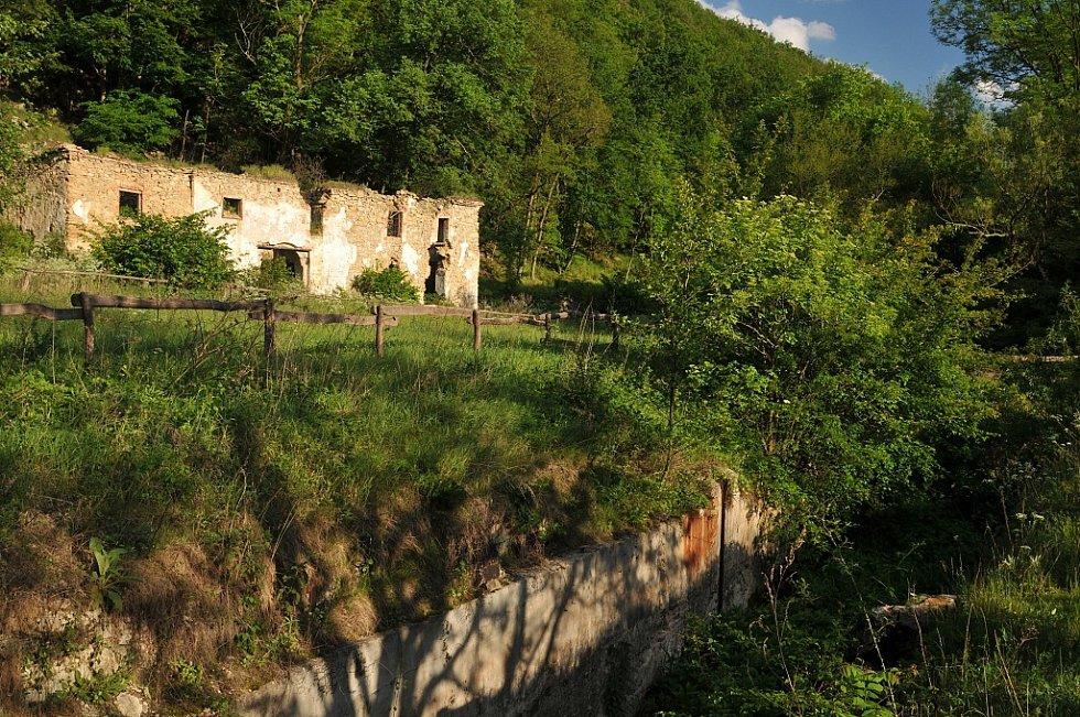 Bývalá Papírna v Národním parku Podyjí.