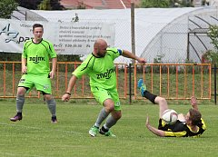FK Znojmo porazilo v posledním utkání Pavlice 5:2 a upevnilo si prvenství v soutěži.