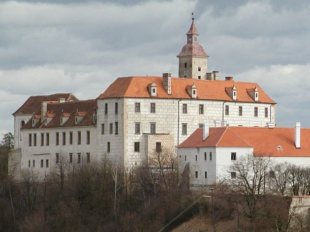 Jevišovický zámek