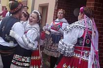 Hnanice slavily tradiční svatomartinské hody.