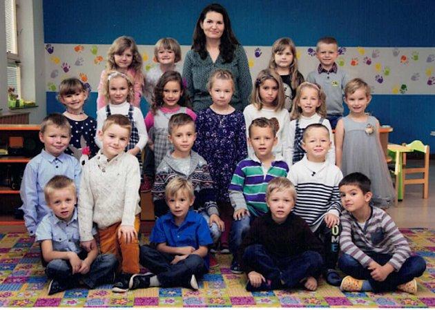 Děti zMŠ Vémyslice, třída Koťátka.