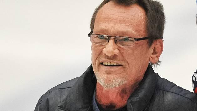 Hokejový trenér Miroslav Fryčer.