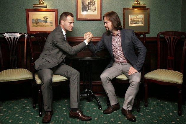 Tvůrci úspěšných propagačních spotů nejen oZnojmě, bratři Jan a Vítězslav (vpravo) Otrubové ze společnosti VideoBrothers.