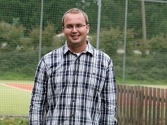 STAROSTA, EKONOM, KAPITÁN. Rodák z Boskovštejna Libor Nevrkla vede obec i fotbalový tým.