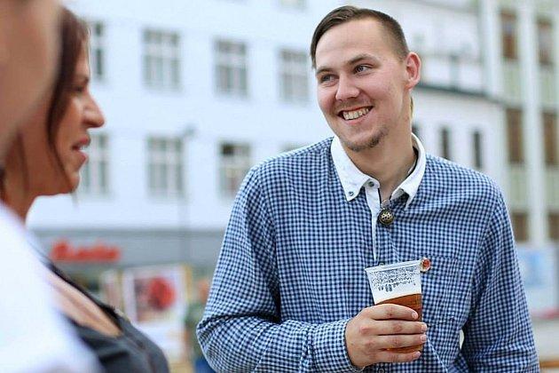 Kovář Vojta Kulich si rád odpočine ina kulturních akcích.