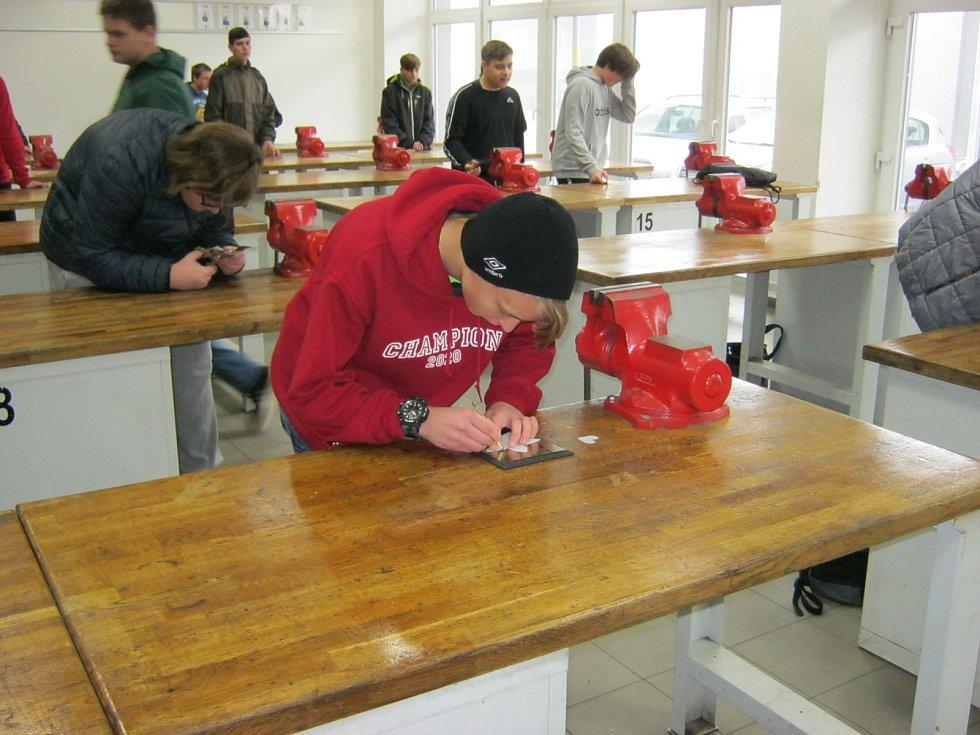 Přímka pozvala žáky, ukázala jim, že řemeslo má budoucnost.