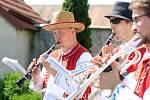 Nedělní dopoledne patřilo ve Višňovém zvaní na tradiční pouť.