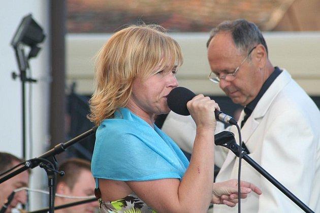 Tradiční jazzovou předehru k velkému finále nabídl v sobotu večer Hudební festival Znojmo.