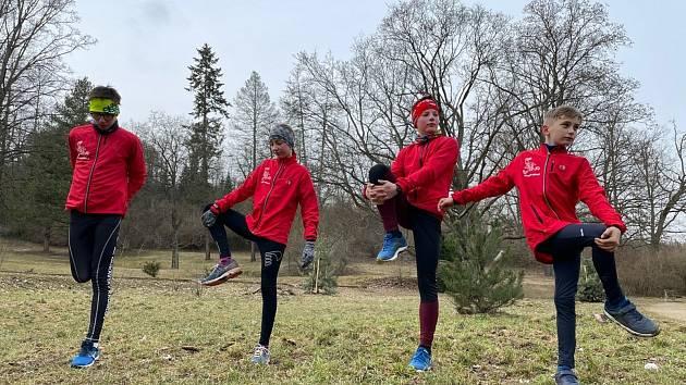 Jeden a tři čtvrtě milionu korun je částka, kterou si letos rozdělí sportovní kluby v Moravském Krumlově. Ilustrační foto: Na snímku trénink oddílu atletiky Moravský Krumlov.