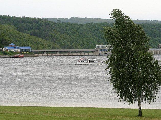 Starostové a podnikatelé z obcí Vranovska zahájili v restauraci Rumburak u Bítova letošní turistickou sezonu.